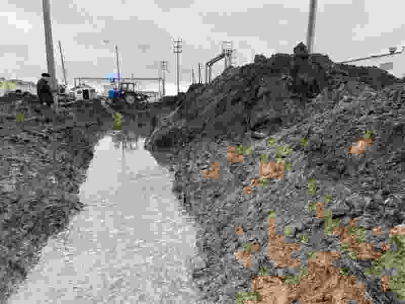 В Тамбове коммунальщики больше суток не могут устранить последствия аварии
