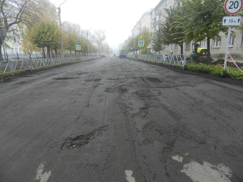 В Тамбове на 1-й Полковой приступили к обустройству тротуаров