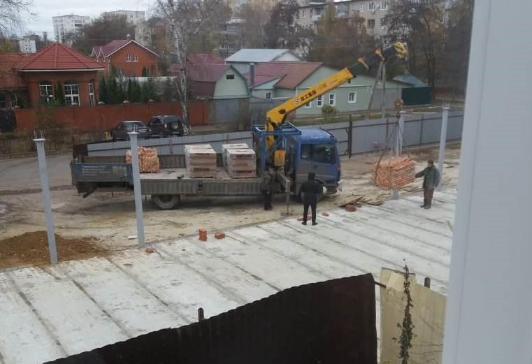 В Тамбове скандальную стройку на Андреевской снова возобновили