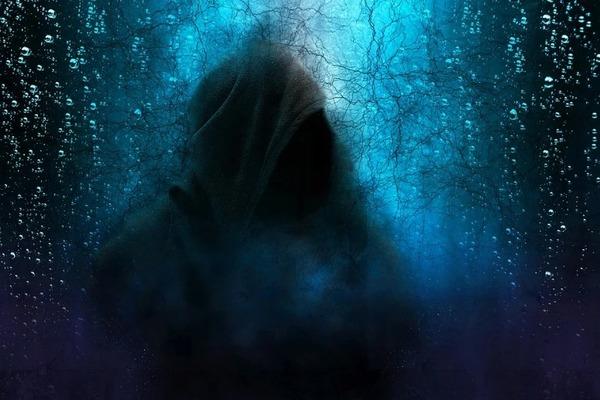 В Тамбовской области молодой человек изнасиловал и ограбил несовершеннолетнюю девушку