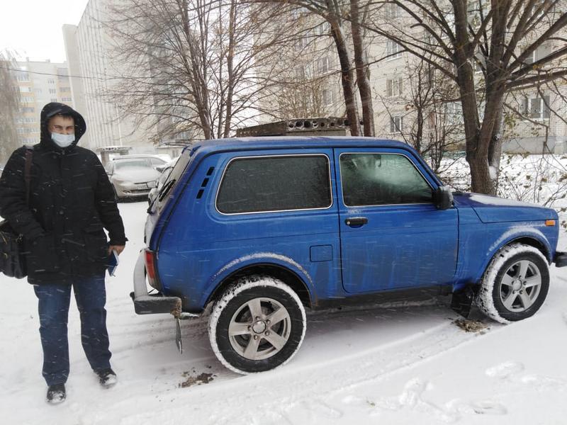 В Тамбовском районе глава сельсовета передал свой автомобиль медикам