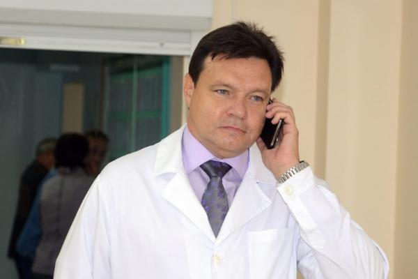 Врач-инфекционист заявил об искусственном происхождении COVID-19