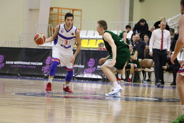 """Баскетболисты """"Тамбова"""" одержали уверенную победу в Тобольске"""