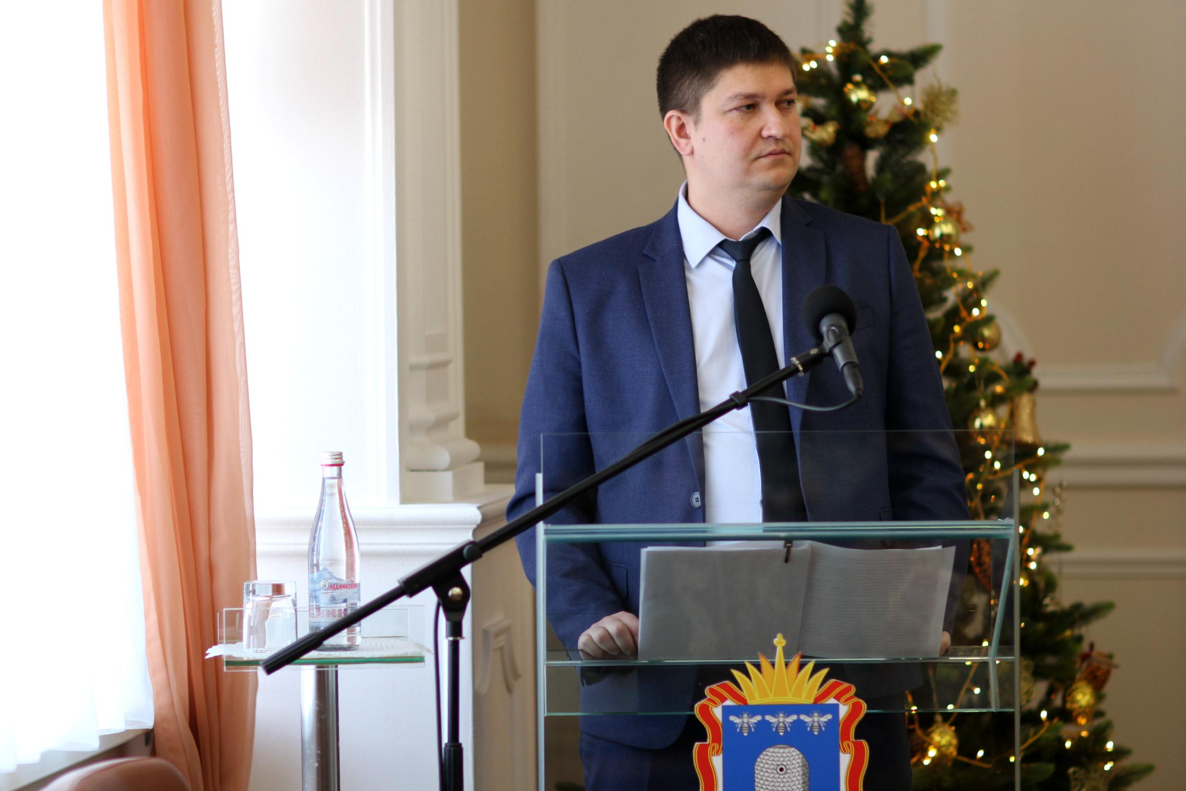 Депутаты областной Думы приняли заключительные поправки в региональный бюджет