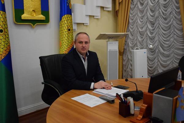 Максим Косенков: с 14 по 25 декабря учащиеся 5-11 классов переходят на дистанционное обучение
