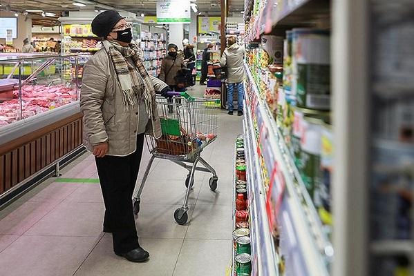 Мишустин призвал следить за ситуацией с ценами на продукты в регионах