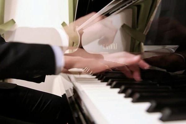 Молодой музыкант изОдинцовского округа вышел вфинал конкурса талантов «Синяя птица»
