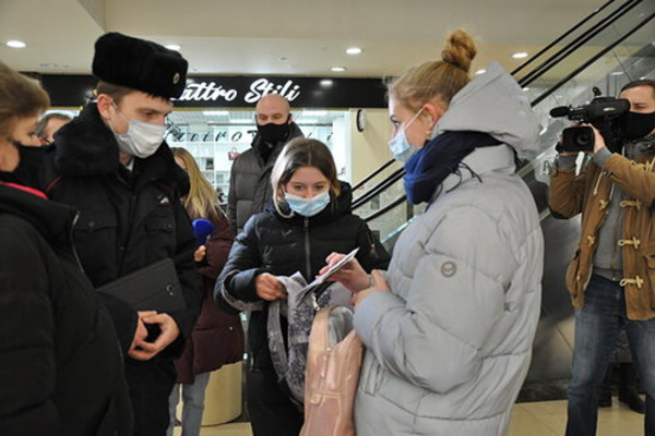 Обзор за неделю: Дед Мороз под запретом, рост смертности от COVID-19 в регионе, ремонт Коммунальной