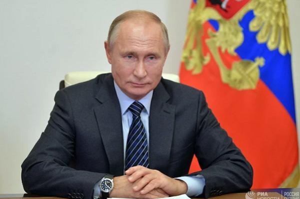 Путин подписал закон, усиливающий уголовную ответственность за клевету в интернете