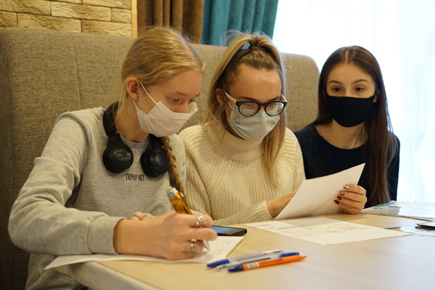 Школьники Тамбова поучаствовали в выездной тематической школе по предпринимательству