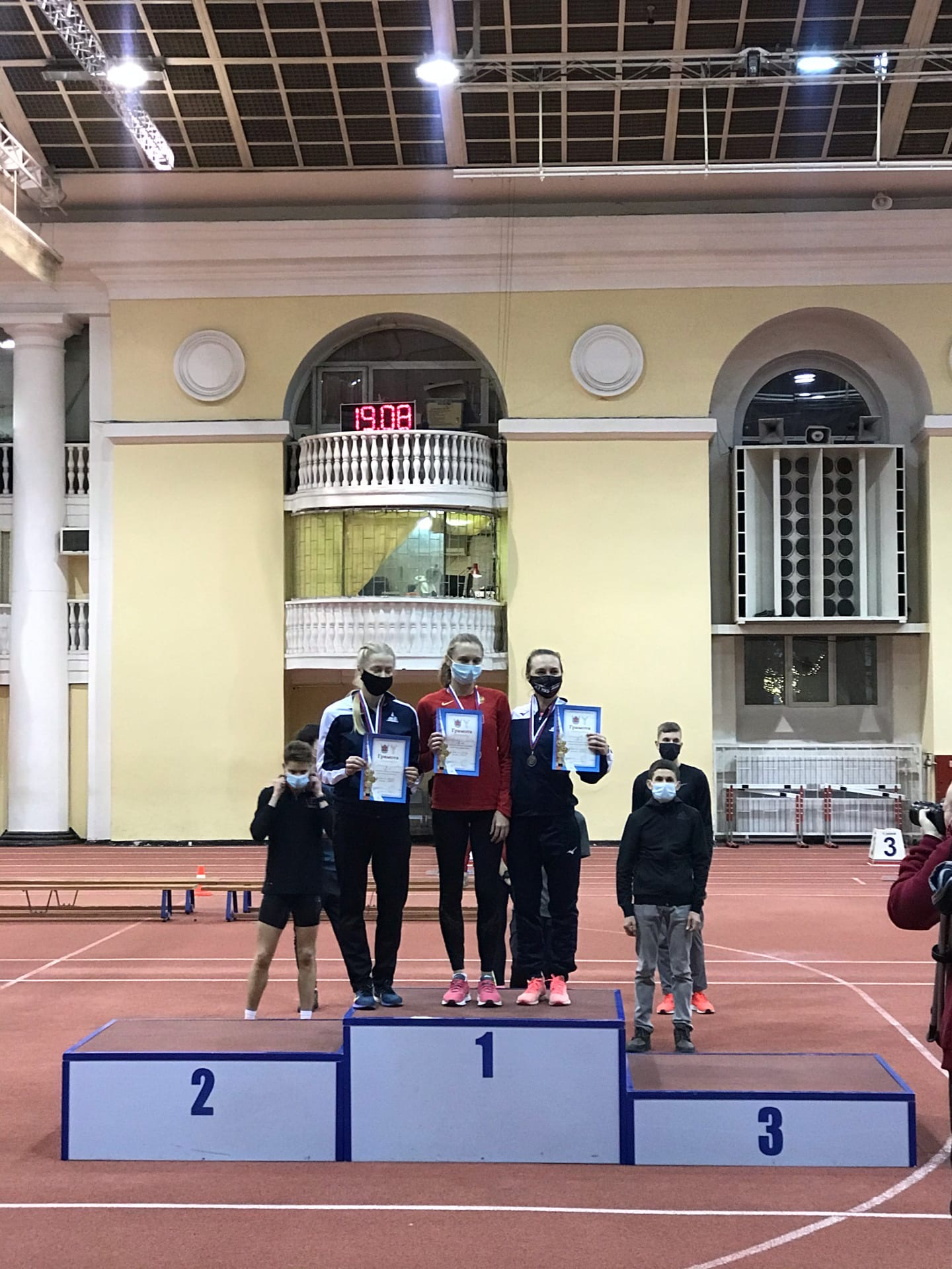 Тамбовчанка Любовь Павленко установила новый рекорд области в беге на 3 км