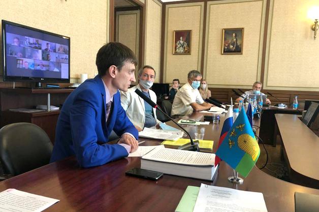 Ученый ТГУ одним из первых в России защитил докторскую диссертацию в онлайн-формате