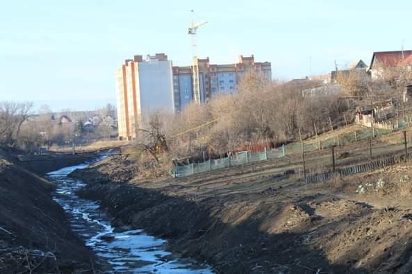 В Рассказово приступили к расчистке русла реки Арженка