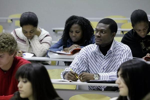 В России установили квоты на обучение иностранцев в следующем году