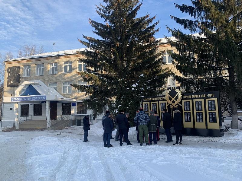 В Тамбове открыли стелу казакам-кавалеристам