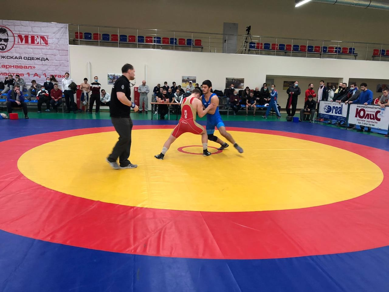 В Тамбове стартовал Всероссийский турнир по греко-римской борьбе