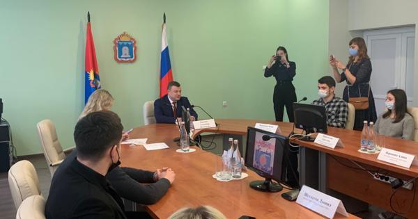 Губернатор Александр Никитин встретился случшими представителями тамбовского студенчества