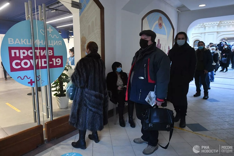 Назван требуемый уровень вакцинации от коронавируса в России