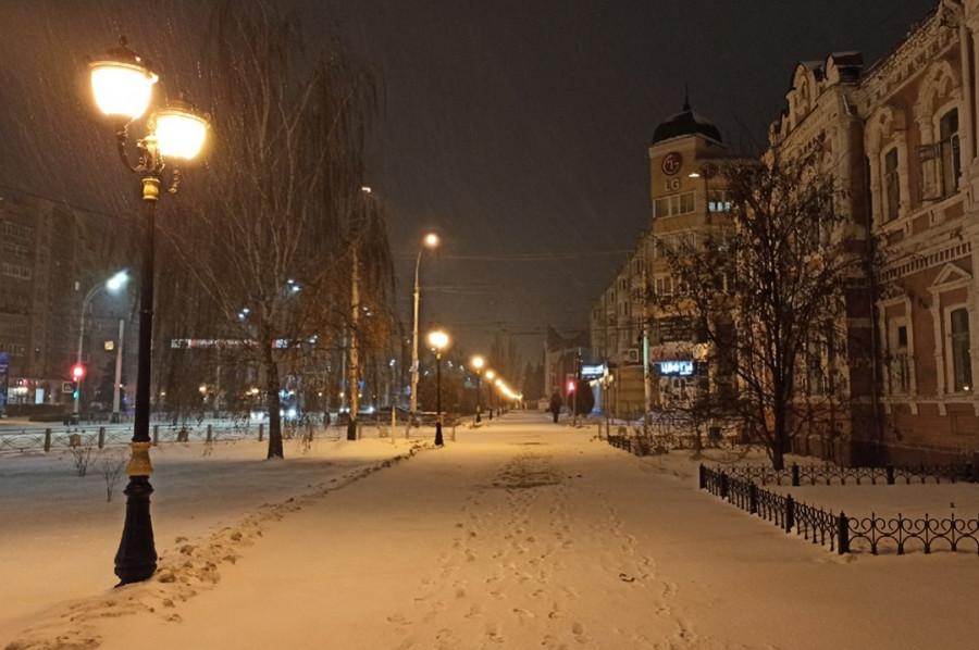 Ночной обзор: погодные аномалии, правила зачисления зарплат бюджетникам, крупное поражение российских хоккеистов
