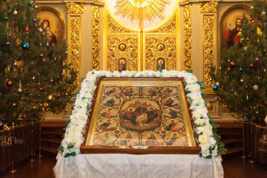 Православные тамбовчане празднуют Рождество Христово