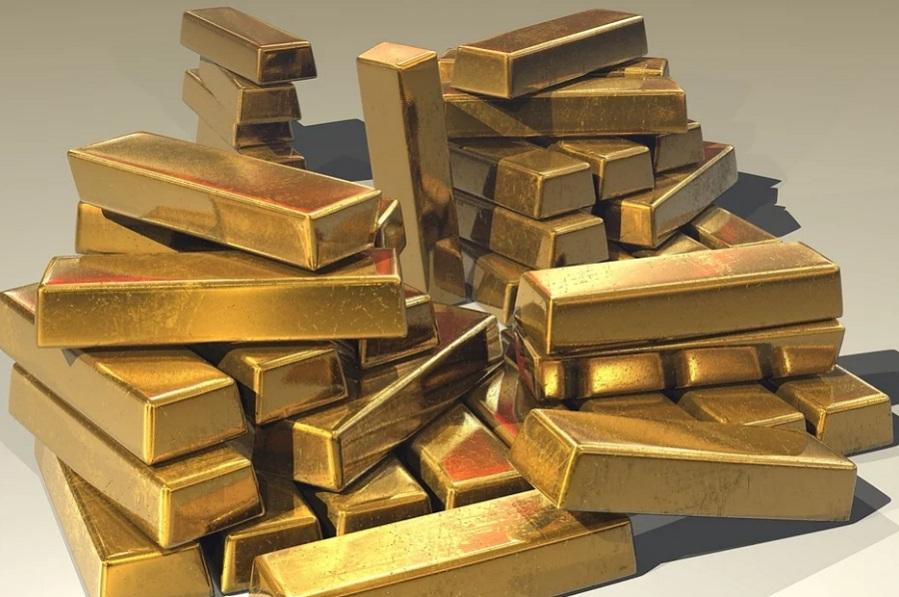 Россиянам могут разрешить самостоятельную добычу золота и янтаря