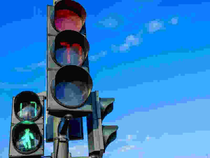 Тамбовчане просят изменить режим работы светофора на западе города