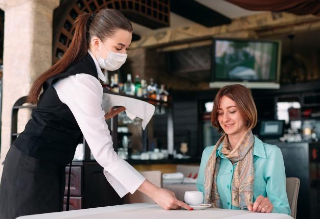 Тамбовским кафе разрешено работать до часу ночи