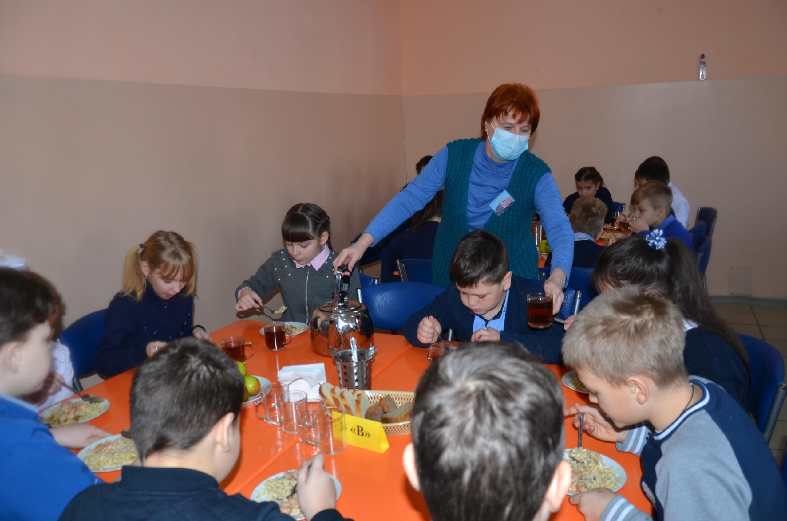 В Рассказово проверили качество питания в школах
