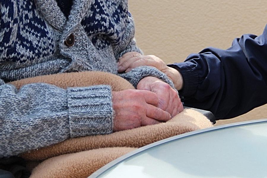 В России хотят ввести контроль за частными домами престарелых