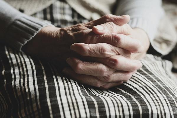 В Тамбовской области сын угрожал убийством 74-летней матери