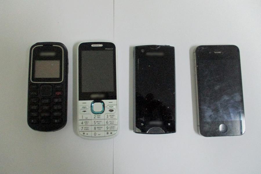 За год в тамбовские колонии пытались доставить более 450 телефонов