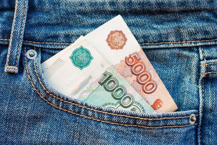 Жительница Тамбовского района украла у женщины около миллиона рублей