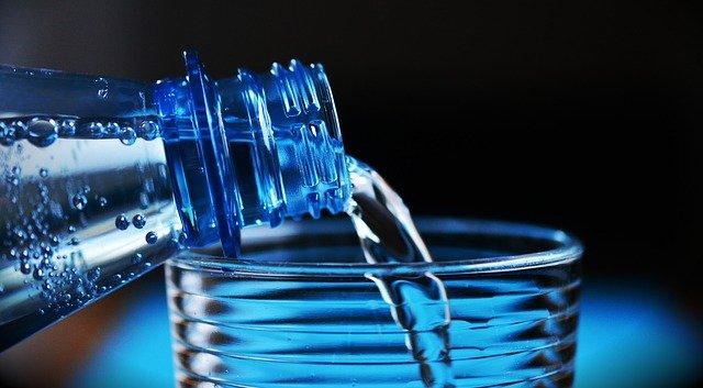 Обязательная маркировка питьевой воды может начаться в мае