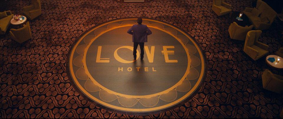 Родной Бурунов и любовный отель Светлакова: киноафиша от «Блокнот Тамбов»