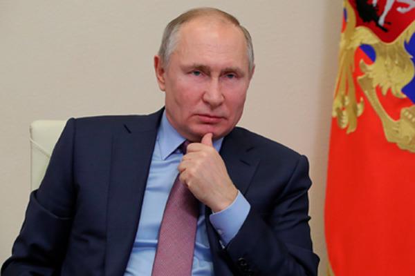 Стало известно, когда Владимир Путин сделает прививку от коронавируса