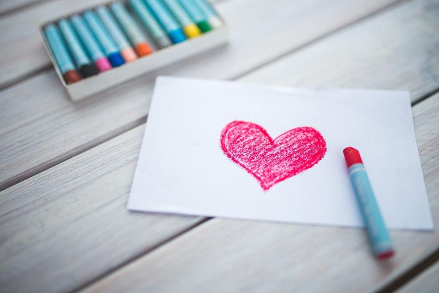 Стало известно, представители каких профессий чаще празднуют День влюбленных