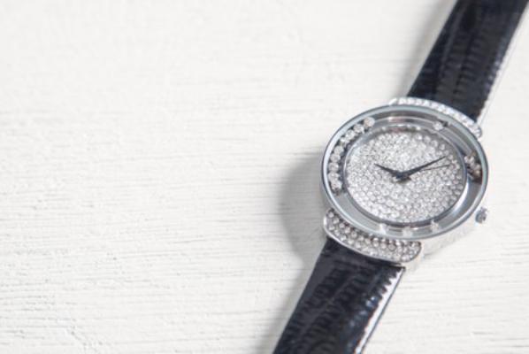 Тамбовчанина приговорили к исправительным работам за продажу реплик часов мирового бренда