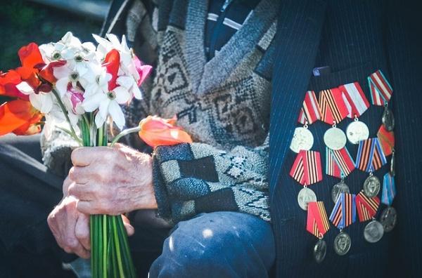 В России предложили штрафовать на 100 тысяч рублей за оскорбление ветеранов