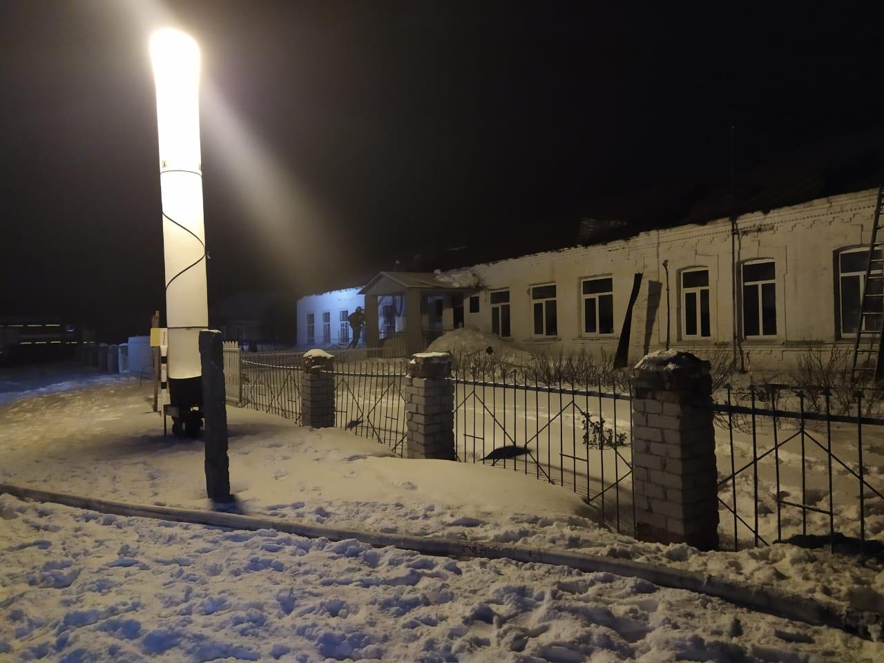 В Ржаксинском районе ночью сгорела школа