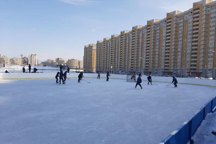 В Тамбове стартовал первый турнир дворовых команд по хоккею