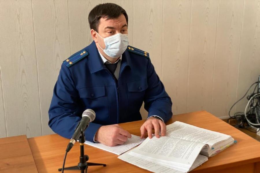Житель Тамбовской области выгнал зимой на улицу жену и четверых детей