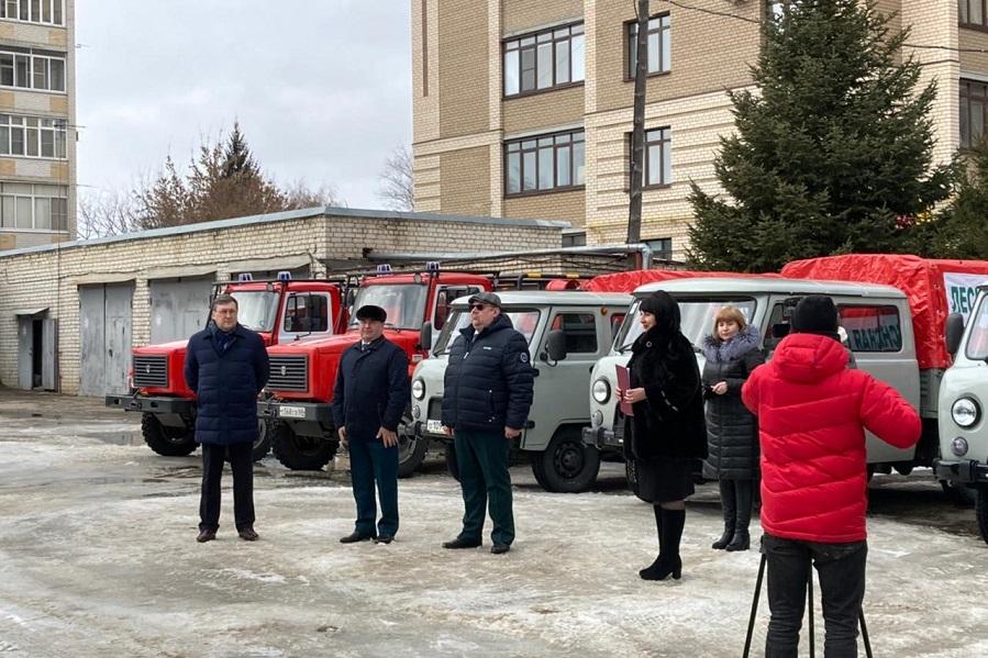 Лесхозам Тамбовской области вручили новую лесопожарную технику
