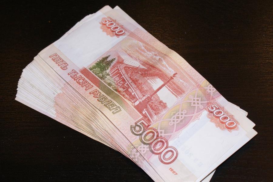 Мужчина сбывал фальшивые деньги в Тамбовской области