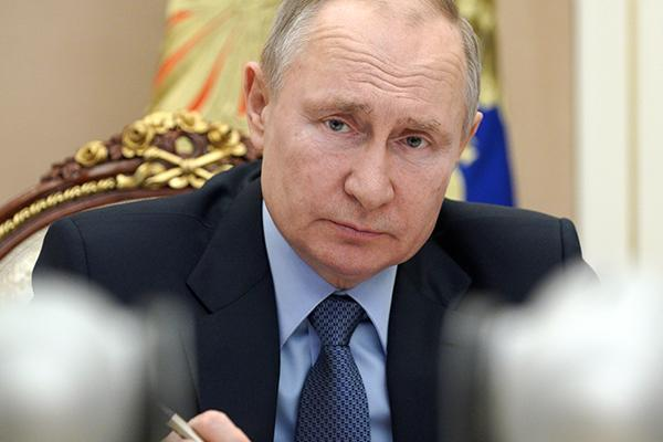 Президент РФ призвал жестко пресекать национализм и ксенофобию