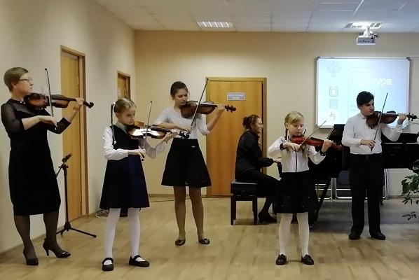 Рассказовская школа искусств получила новые музыкальные инструменты