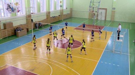 Студенты-волейболисты вступили вборьбу наспартакиаде вузов