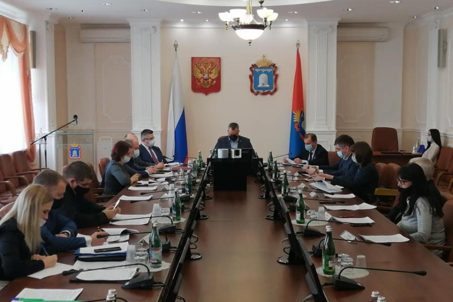 В администрации Тамбовской области обсудили вопросы профилактики коррупции среди госслужащих
