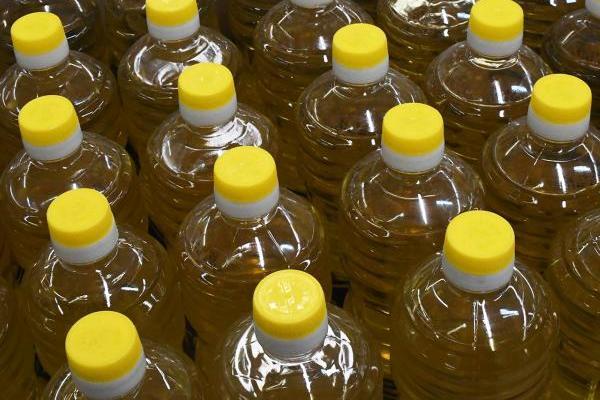 В Кремле прокомментировали заморозку цен на некоторые продукты