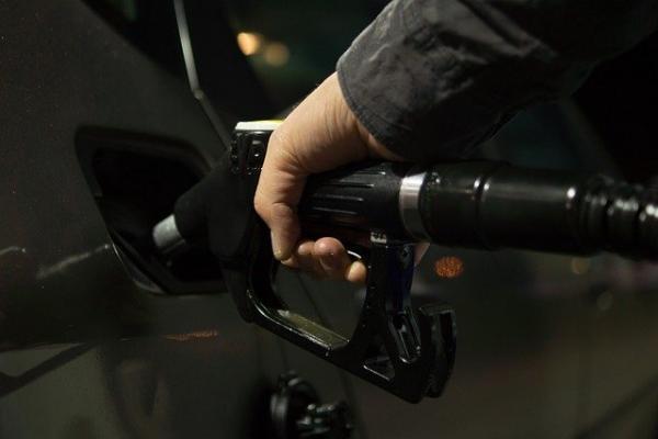 В России растут биржевые цены на бензин