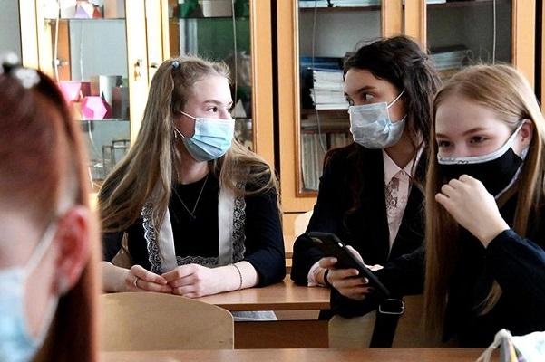 В российских школах откажутся от использования зарубежных видеосервисов